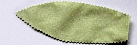 Textil tulipán varrása lépésről lépésre