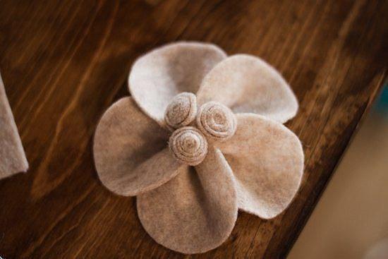 Filc virág dekoráció