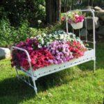 Kerti virágtartó újrahasznosított tárgyakból: praktikus, dekorációs, különleges