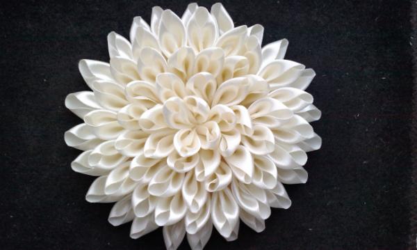 Virágok készítése szatén szalagból