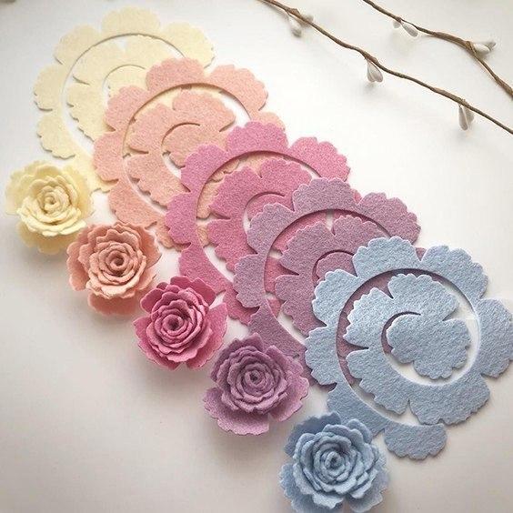 Virágok készítése filcből