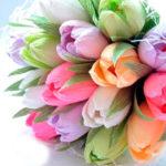 Bonbon tulipán csokor krepp papírból