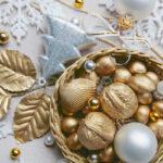Karácsonyfa díszek készítése saját kezűleg: arany dió, mogyoró